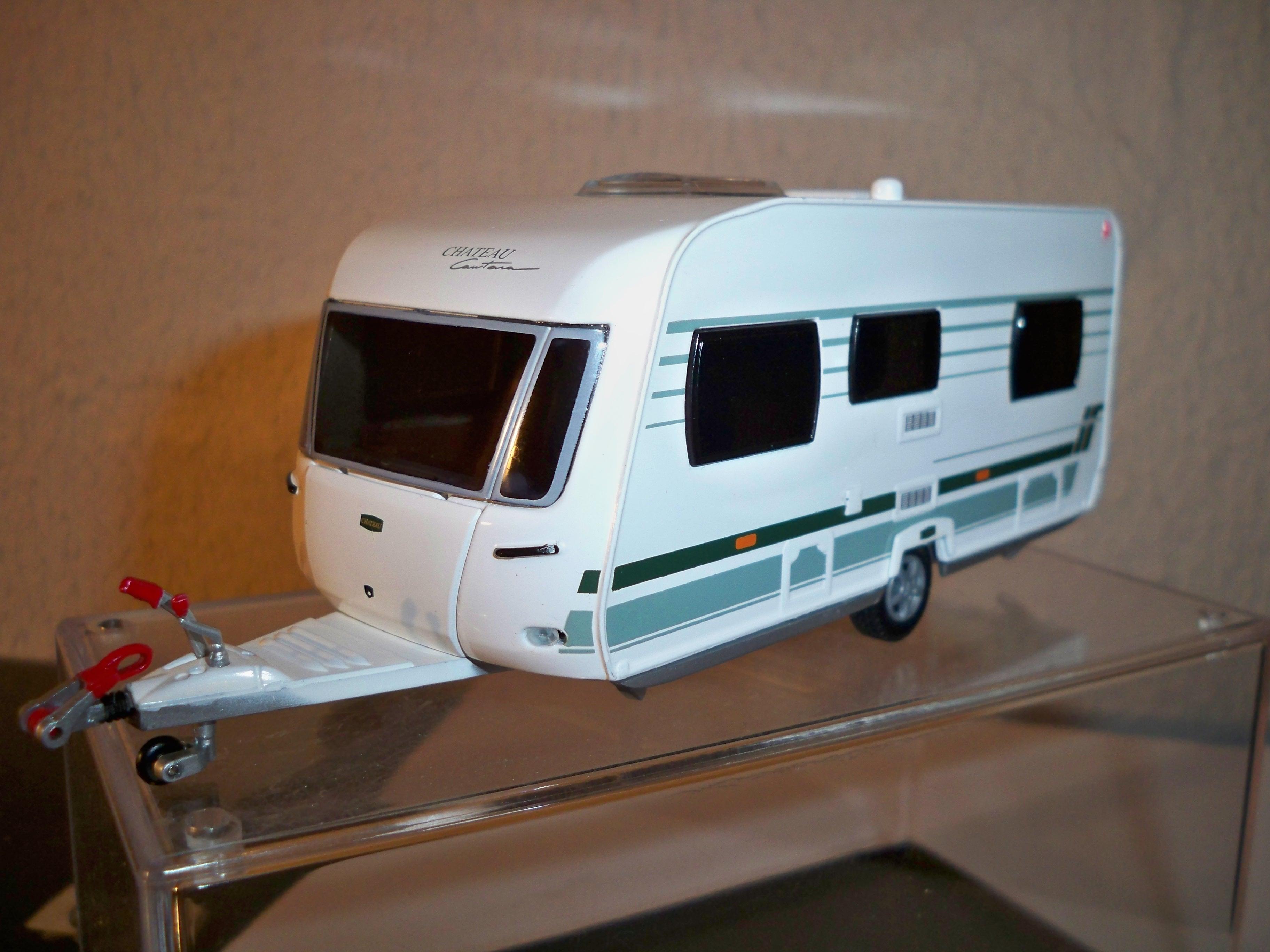 Lion Toys Atrelado Caravan Li Cantara Model Trailers And Caravans F F D F D B A A B B F on Green Dodge Caravan