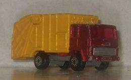 Matchbox dennis bin wagon model trucks 2ab2c6a3 4a6e 4662 a625 7250b03053b6 medium