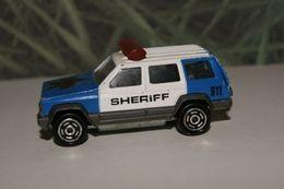 Majorette serie 200 jeep cherokee model trucks d0fff1a6 3320 461a a9ad dfc477d98538 medium