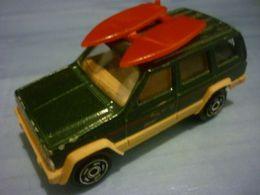 Majorette serie 200 jeep cherokee model trucks db193893 fec6 480f b1e0 c0d6854a7ecc medium