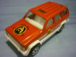 Majorette serie 200 jeep cherokee model trucks 80d4e487 1a85 48c7 b3d4 ffbef1da0cad medium