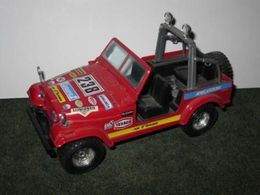 Bburago 1%253a24 super collection jeep cj 7 model trucks 7e8506d3 e659 4d99 8690 cacba24757a3 medium