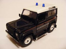 Land Rover '86' Defender 90 Stationwagon | Model Trucks