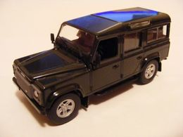 Land Rover '07' Defender 110 Stationwagon | Model Trucks