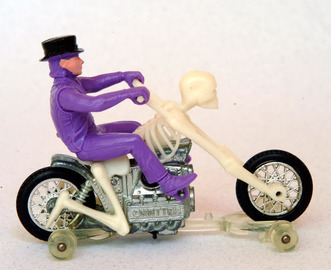 Bone Shaker | Model Motorcycles | Bone Shaker with purple Top Hat rider and prototype clear track-rack.