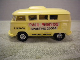 Volkswagen Bus | Model Car Kits