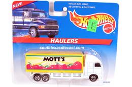 Hot wheels haulers model trucks 02182939 a5f7 45cb 8e4f f97cf6eaa3c5 medium