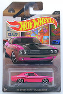 252770 dodge hemi challenger model cars 8c242af2 80cb 4b66 bbc7 ac322cc454c5 medium