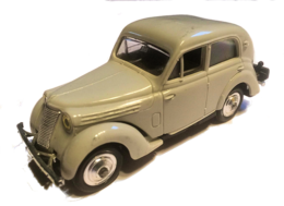 Renault juvaquatre medium