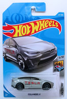 Tesla model x model cars 43ae082b c62d 4263 9250 d0f4eca673e2 medium
