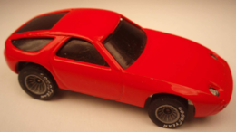 Porsche 928 model cars 47a159c0 0158 4b0c a1bc fb42e093f972 medium
