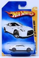 2009 nissan gt r model cars e4cc3558 2d3a 4763 b63f 2b44dd9bc7f0 medium