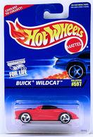 Buick wildcat    model cars b4cce8e6 9472 4e8b 88e8 17fdf1a69012 medium