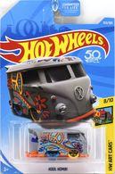Kool kombi model trucks 78714b3b 32be 4ddc 9a02 5325356daf5e medium