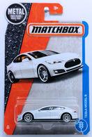 Tesla model s model cars 6149dc3f 9d6c 41f1 99af 99976e1b619e medium