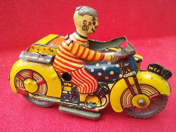 Mettoy clown motorcycle and sidecar tinplate and pressed steel toys 45665576 02e6 4024 a195 36fe0fc1d04e large