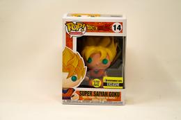 a3c49df7d02 Super Saiyan Goku (Glow in the Dark) Pop Vinyl Pop Animation