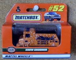 Snow groomer model trucks 8a5f4be9 a424 48d5 9d95 b885d755250c medium