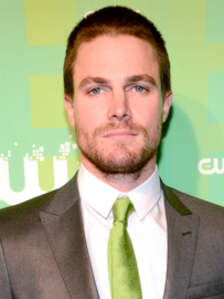 Stephen 20amell large