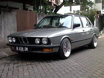 Bmw 20520is large