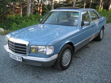81 20mercedes benz 20300sd large