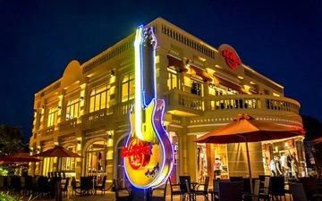 Hard rock cafe angkor large