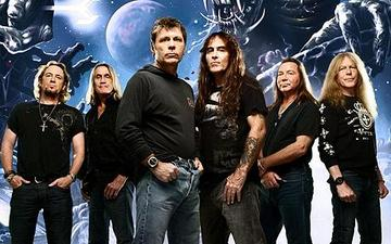 Iron maiden group 1687230c large