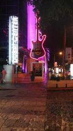 Hard rock cafe large