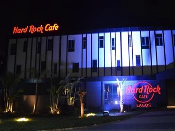 Hard rock cafe 5 large